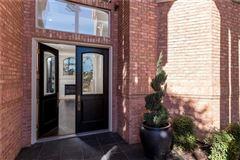 five bedroom estate in the center of Arlington luxury real estate