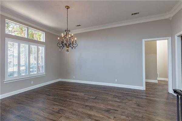 Luxury real estate five bedroom estate in the center of Arlington