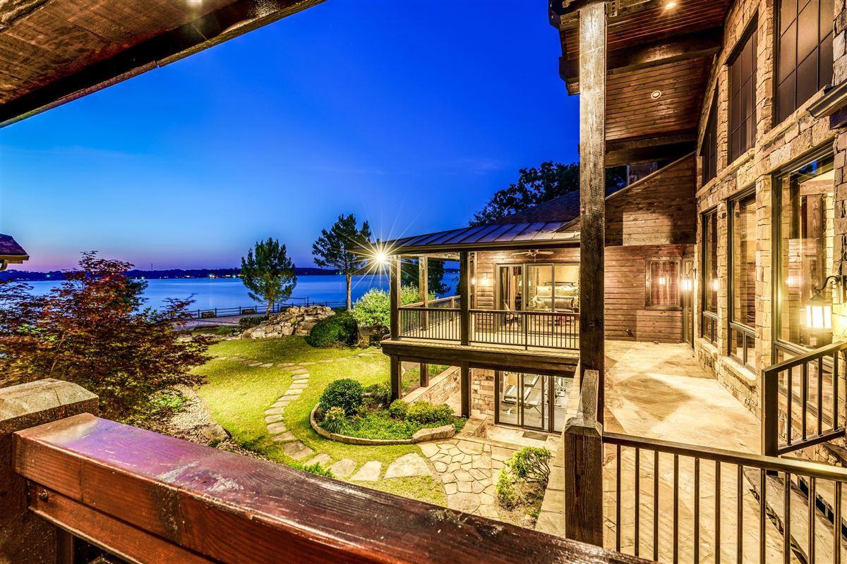Crown Jewel of Cedar Creek Lake luxury real estate