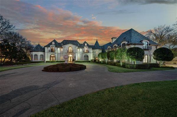 Luxury homes Enchanting plano estate
