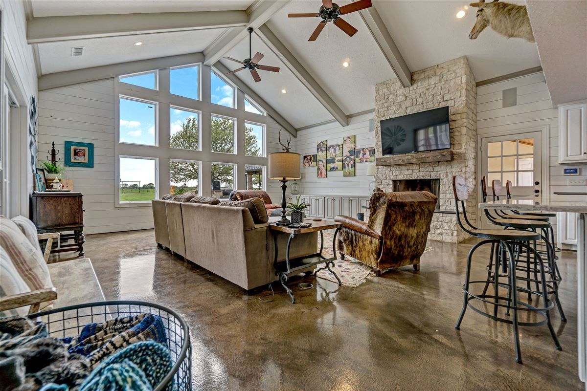 Luxury homes Welcome to Stonewater Ranch