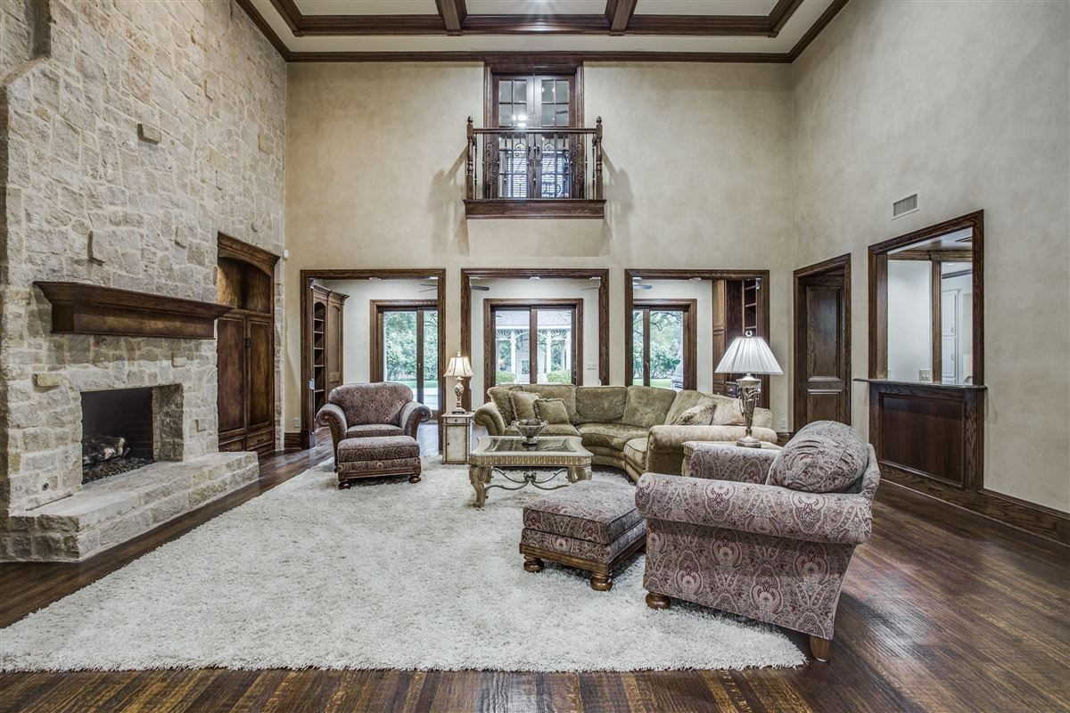 Exquisite Willow Bend Country gated estate luxury real estate