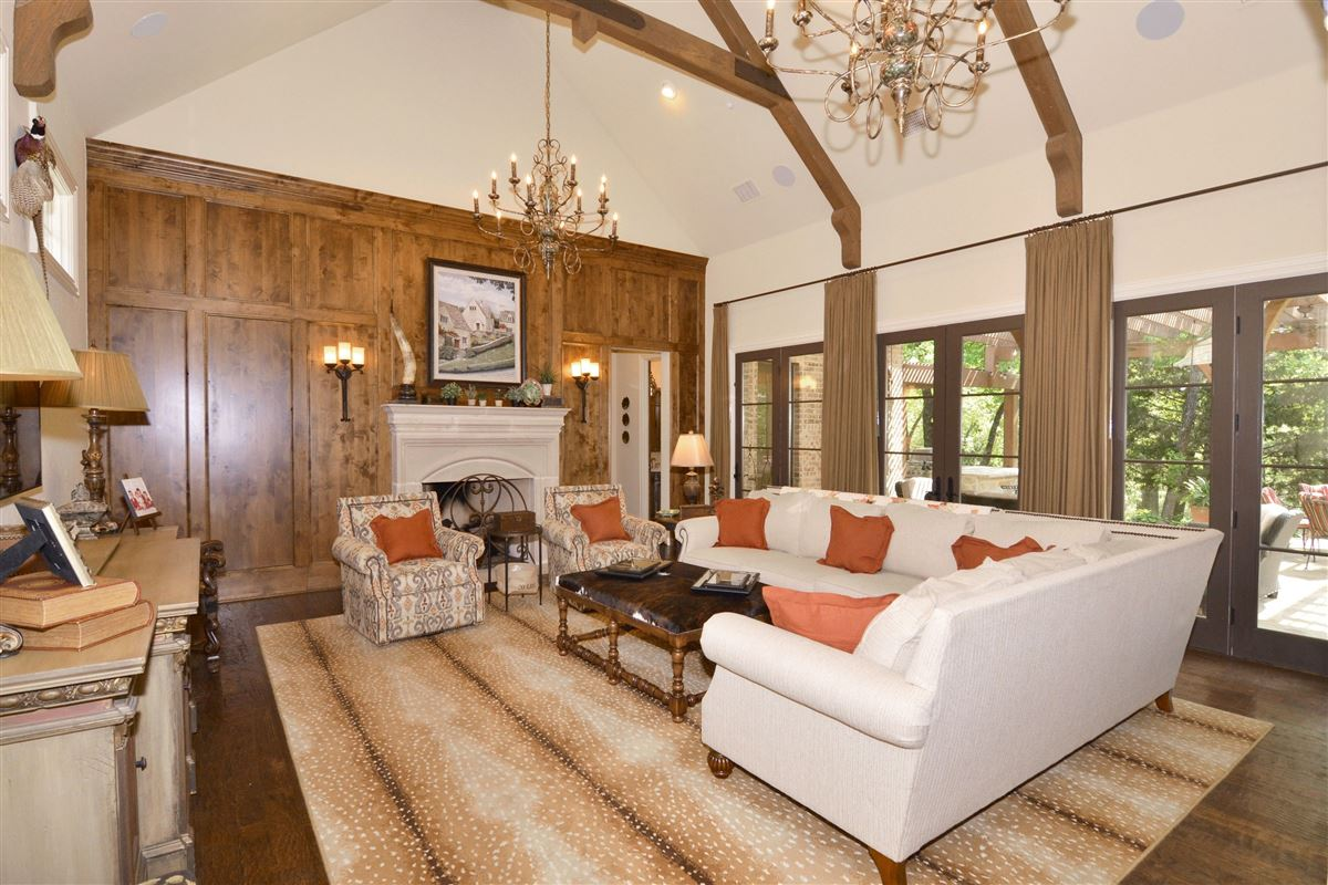 custom Old English home luxury properties