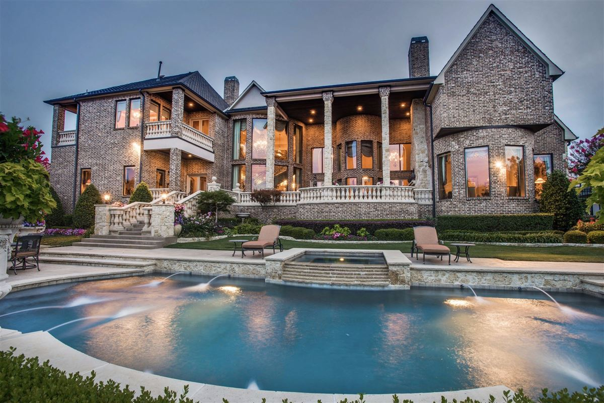 elegant estate in gated Starwood luxury real estate