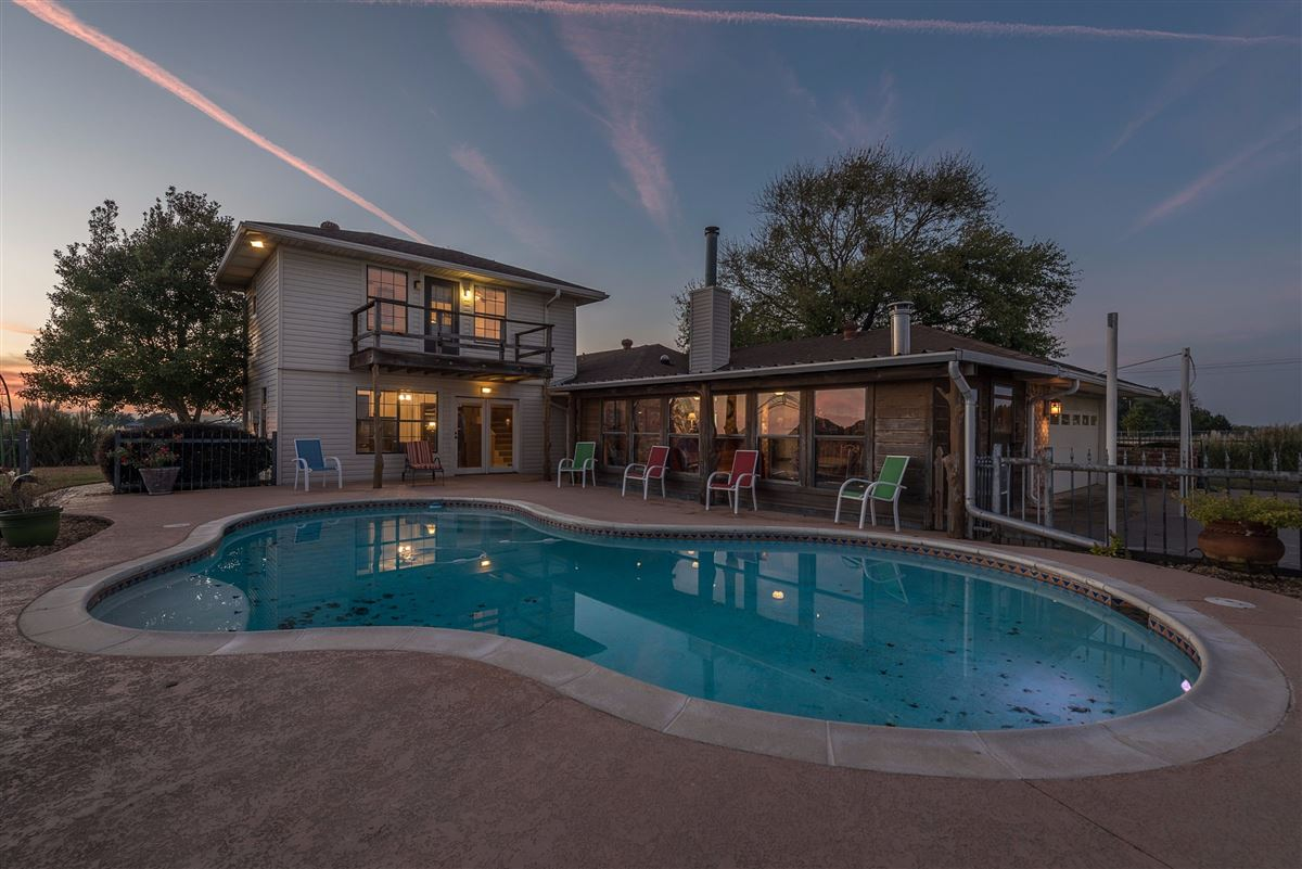 Mansions in 72-acre Equestrian ranch