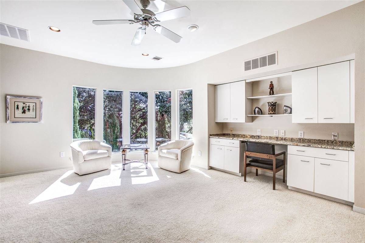 Mansions Beautiful contemporary home in guard gated Oakdale