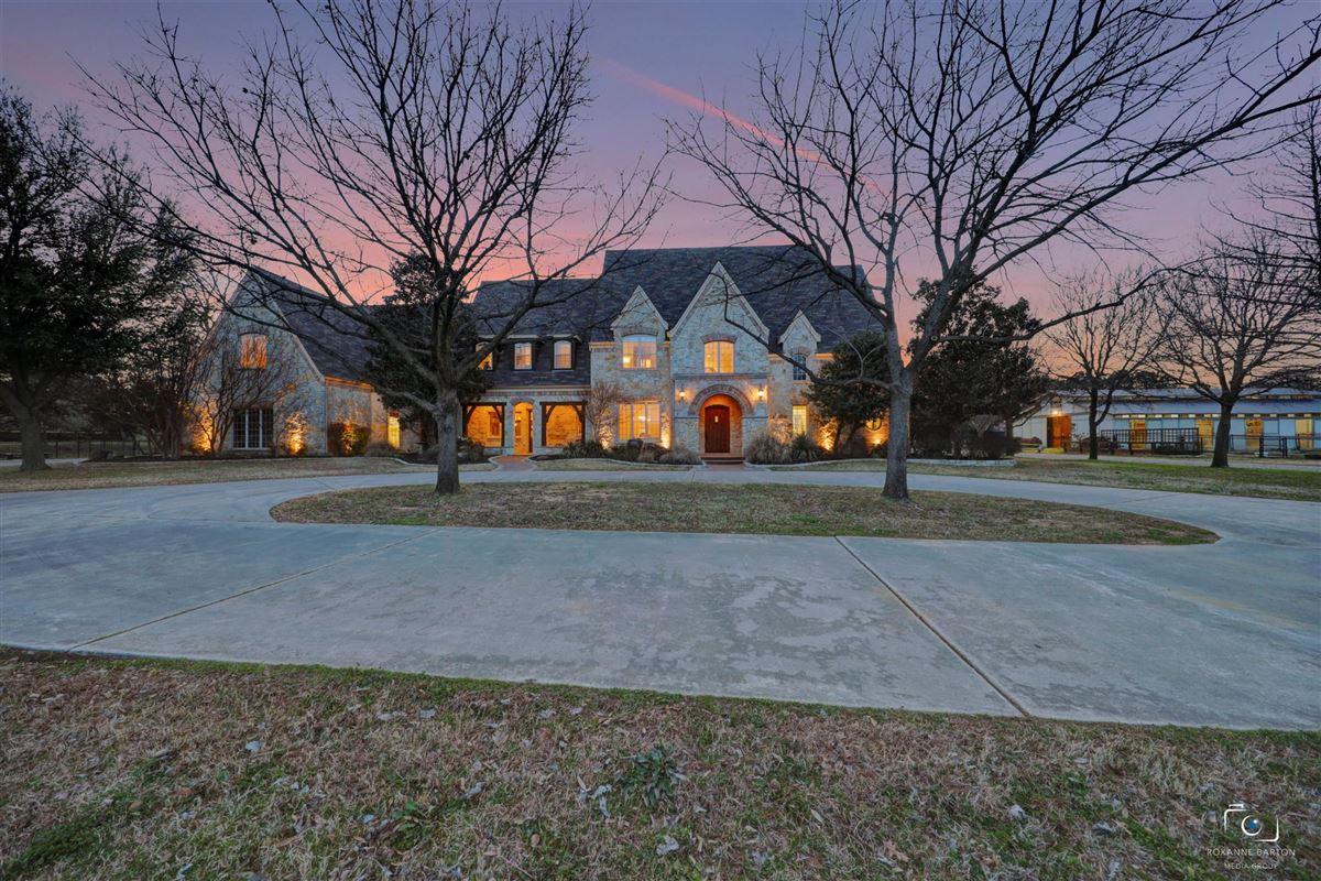 Rare Southlake estate on nearly six acres luxury real estate