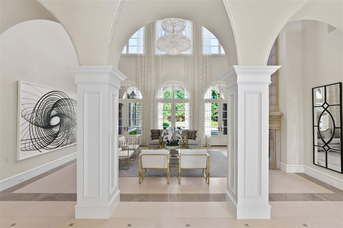 Italian Renaissance one-acre masterpiece luxury homes