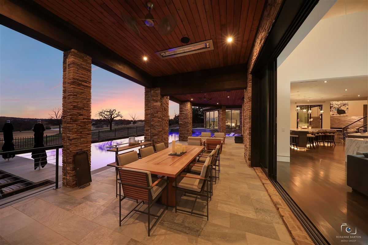 MODERN ESTATE overlooking  Vaquero golf course luxury homes