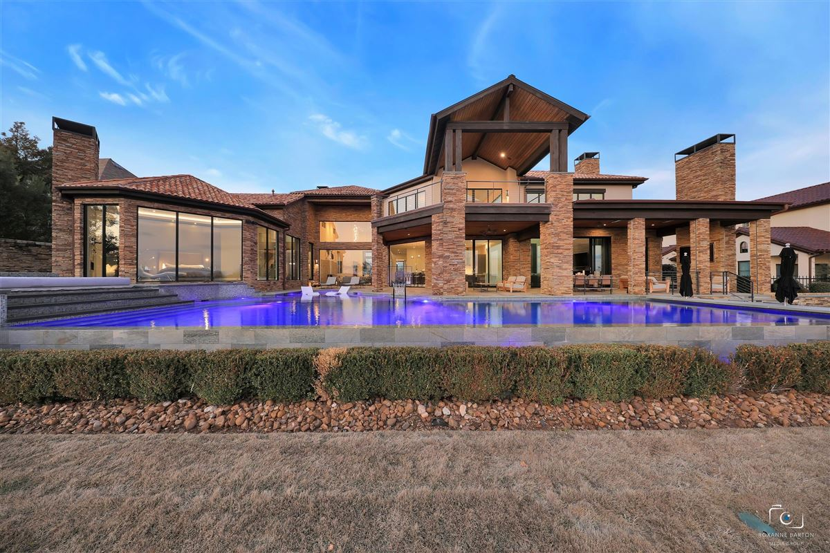MODERN ESTATE overlooking  Vaquero golf course luxury real estate
