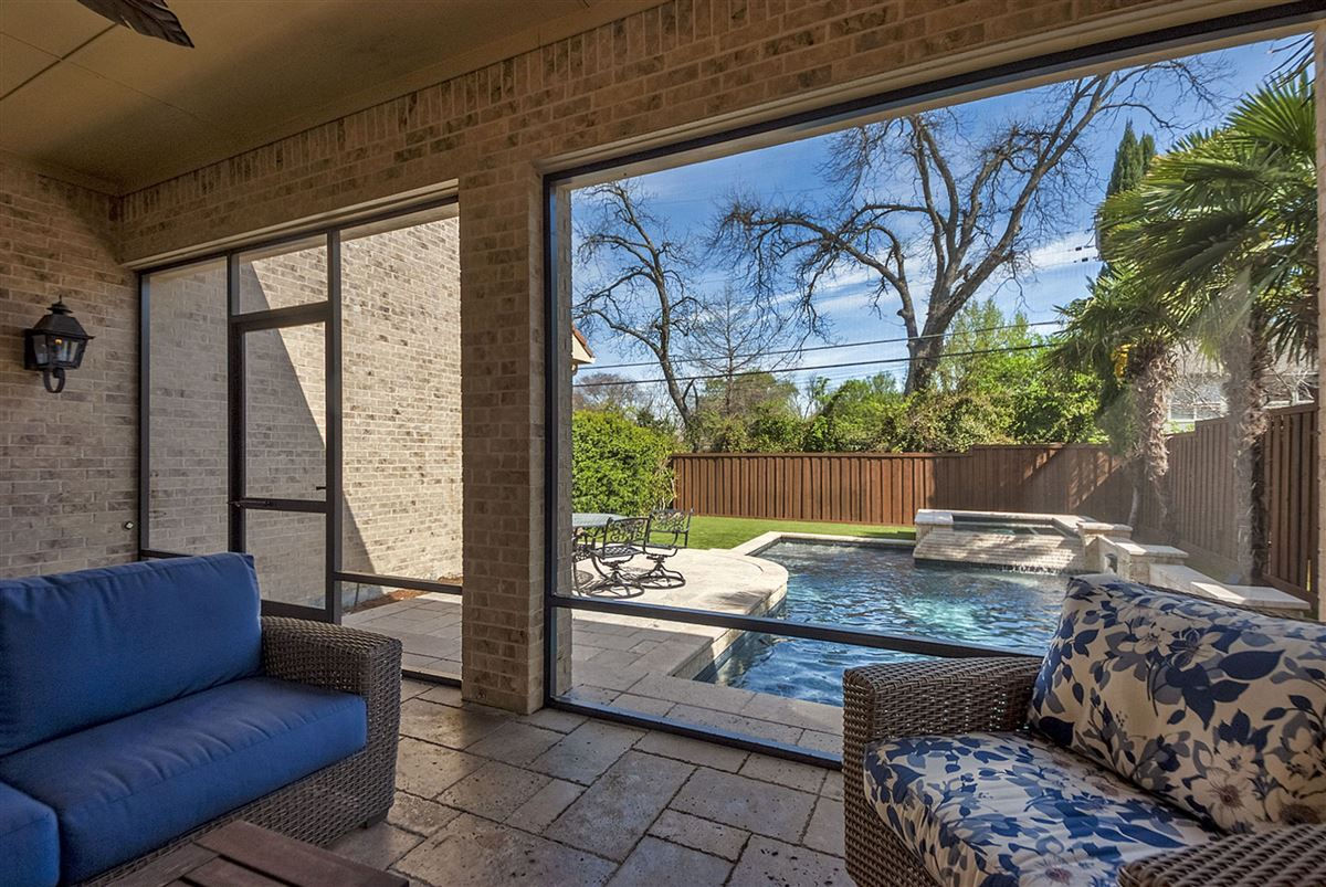 Luxury real estate Tranquility abounds
