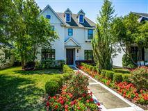 Impressive custom estate luxury properties