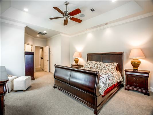 Impressive custom estate luxury real estate