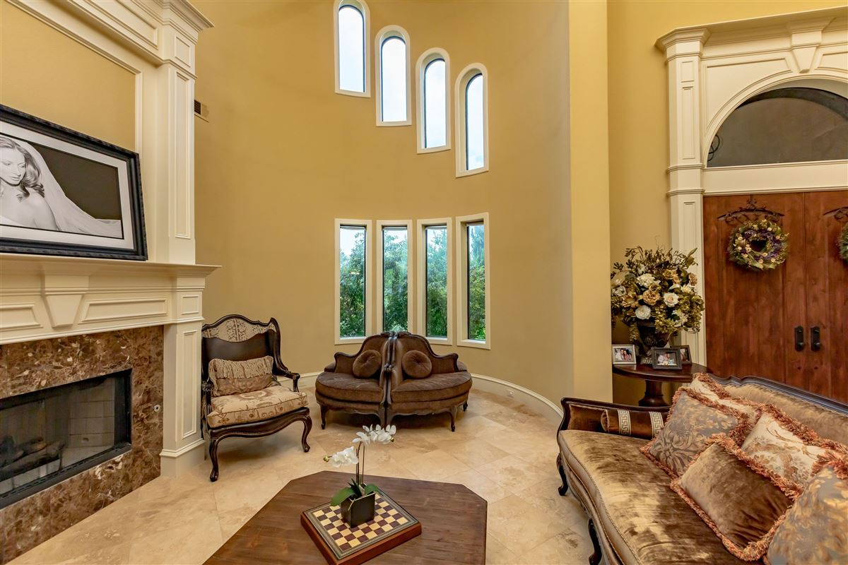 Live in Tuscan Style elegance luxury real estate