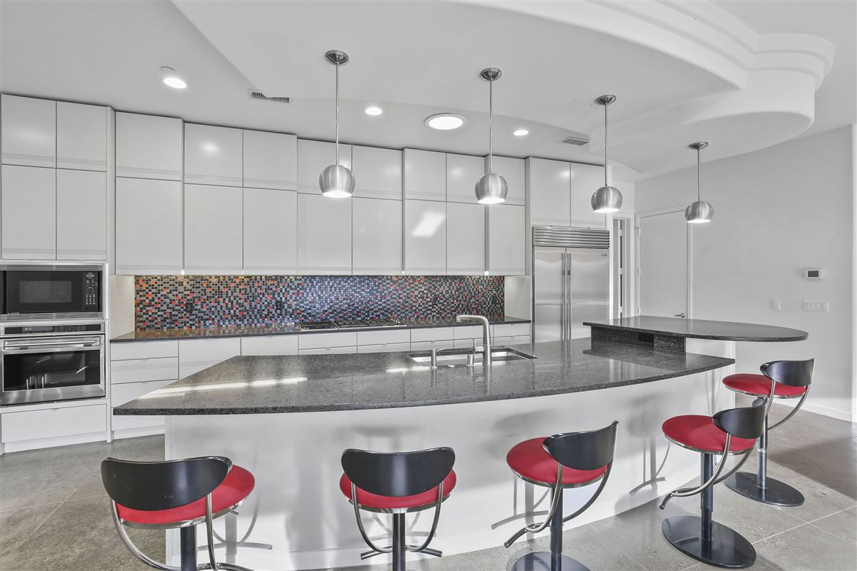 Mansions contemporary custom home in prestigious TExas Stonebriar