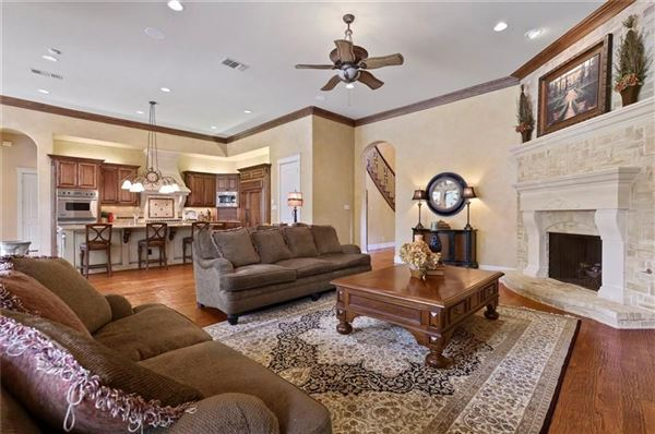 Luxury properties Gorgeous curb appeal at this one owner Chapel Creek Home