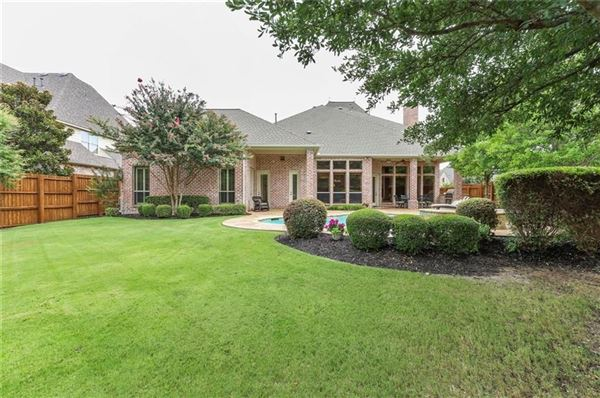 Luxury homes Gorgeous curb appeal at this one owner Chapel Creek Home