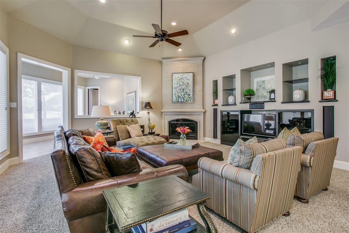 a fabulous home in plano luxury properties