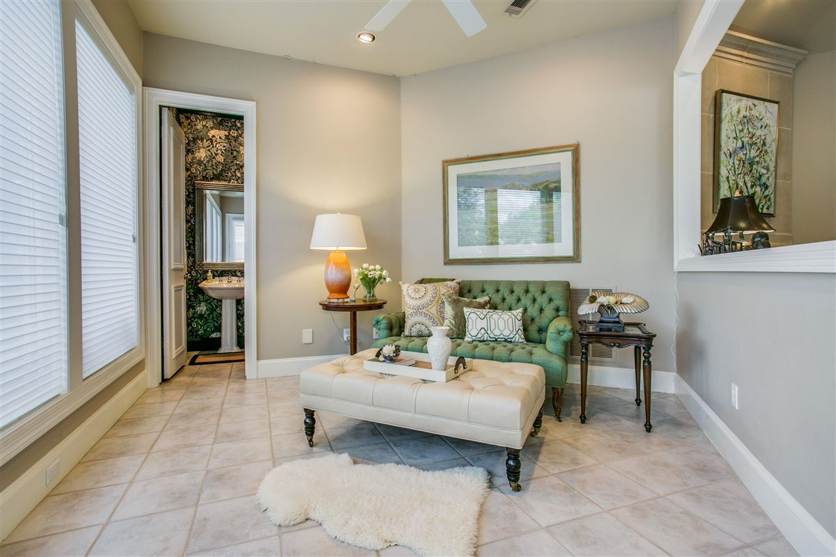 a fabulous home in plano mansions