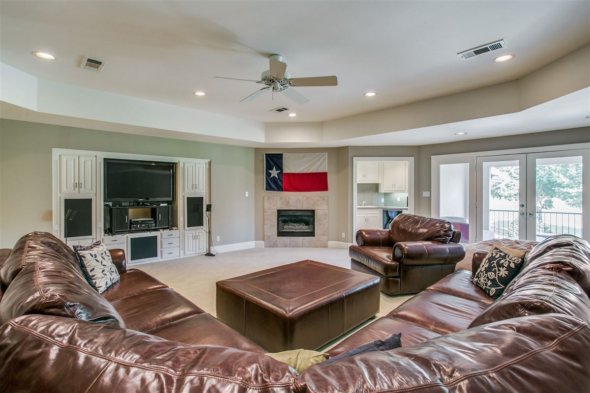 Luxury homes in a fabulous home in plano