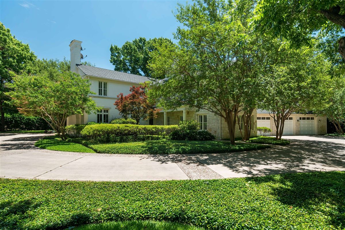 Timeless Elegance in Old Preston Hollow luxury homes