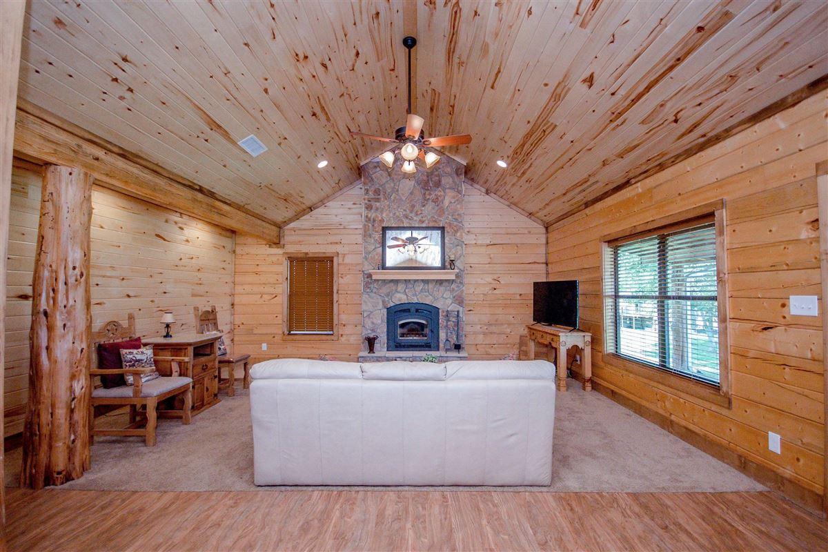 Mansions private 116-plus acre retreat