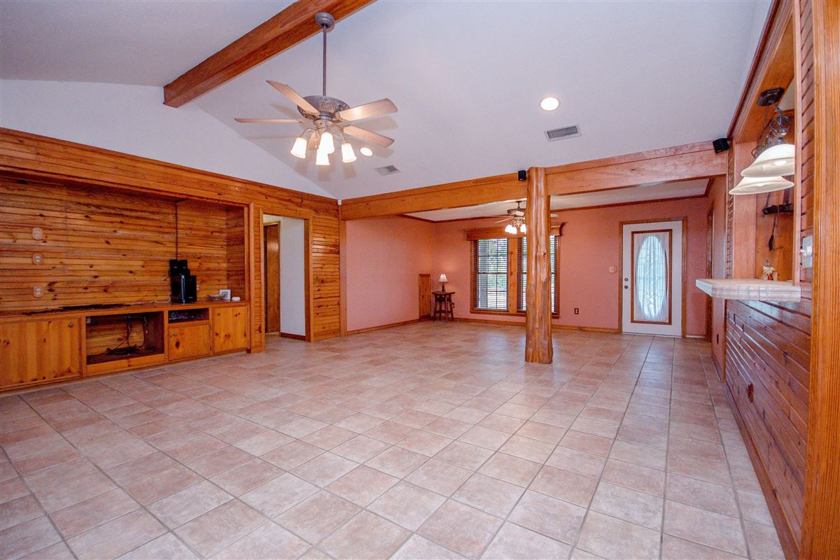 Luxury properties private 116-plus acre retreat