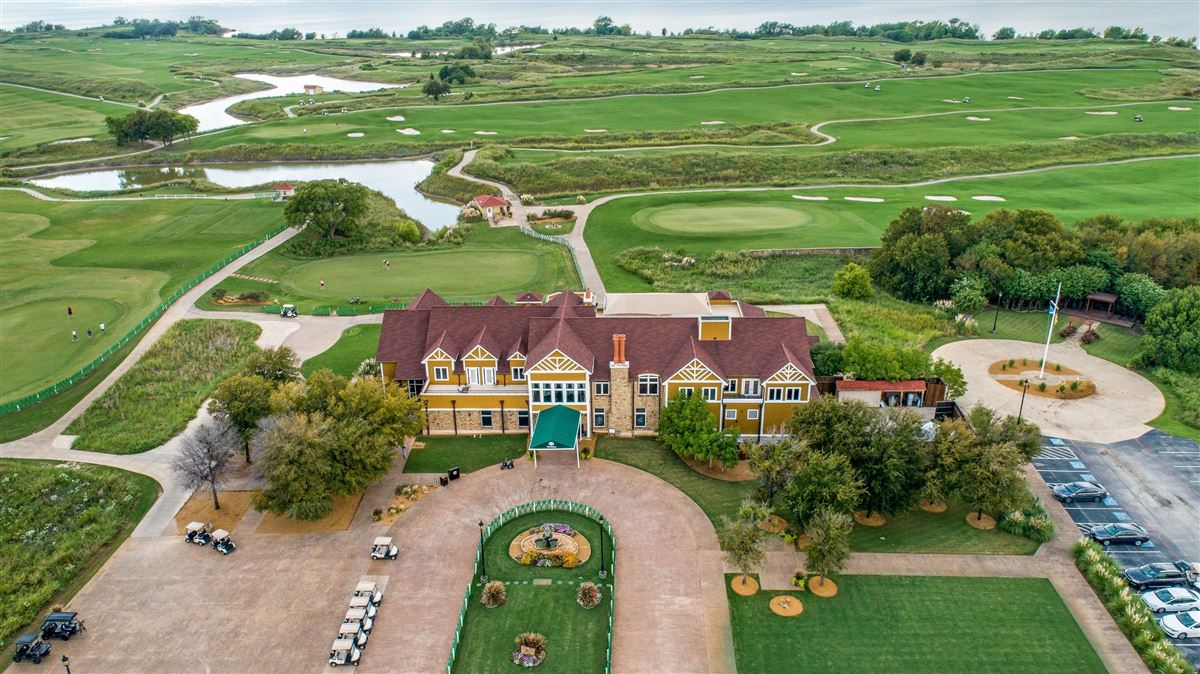 brand new home on Lake Lewisville luxury real estate