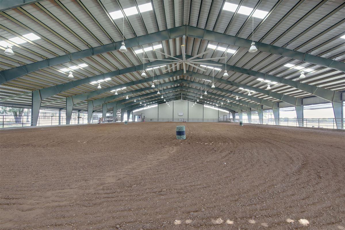 Triple U Quarter Horse Ranch luxury homes
