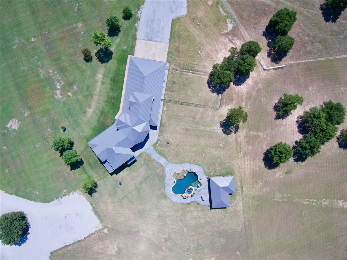 Mansions Triple U Quarter Horse Ranch