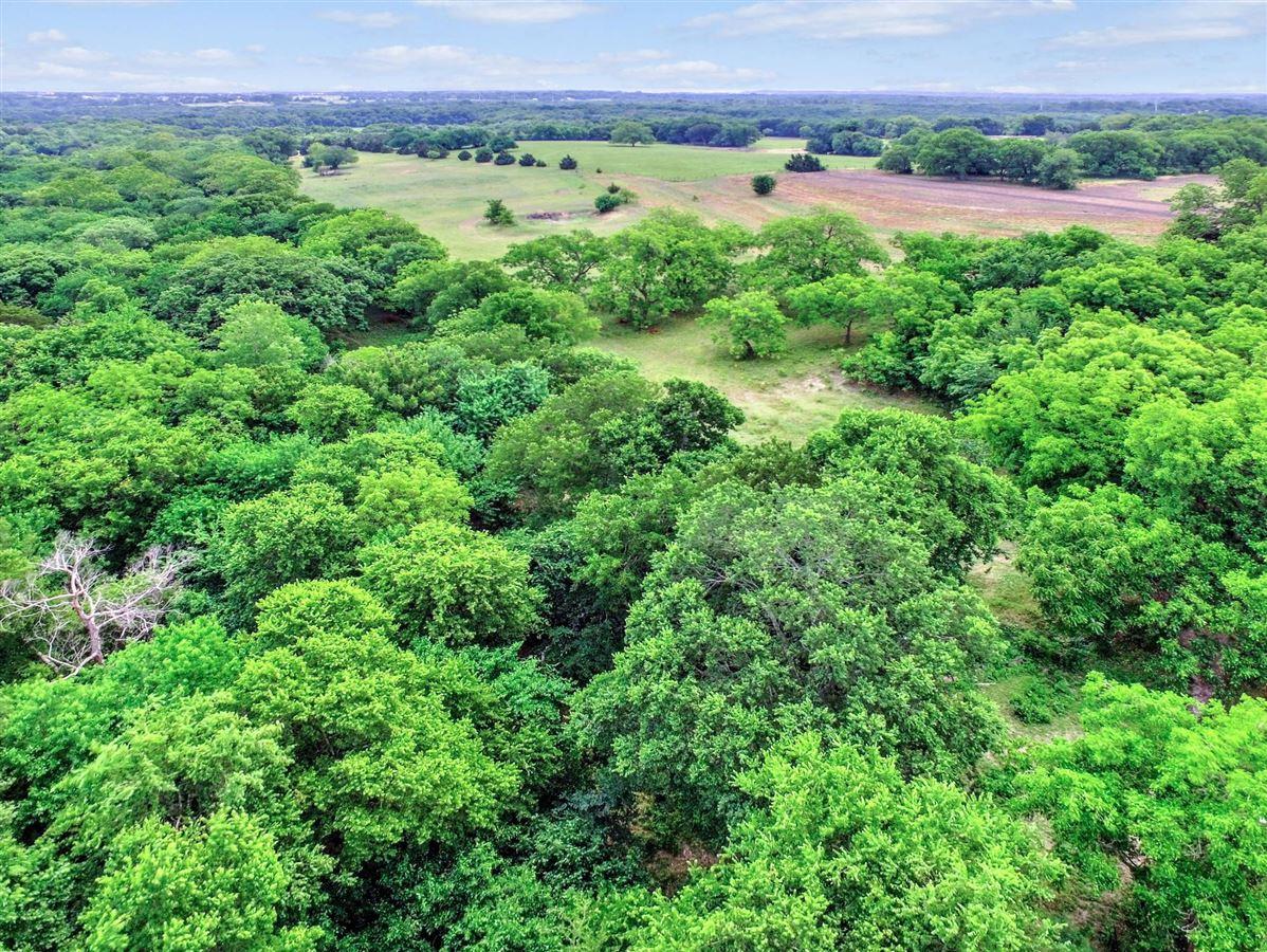 Prettiest land in NE Texas luxury properties