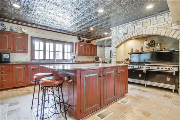 TRUE TEXAS STYLE RANCH luxury real estate