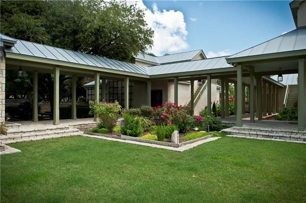 Luxury real estate TRUE TEXAS STYLE RANCH