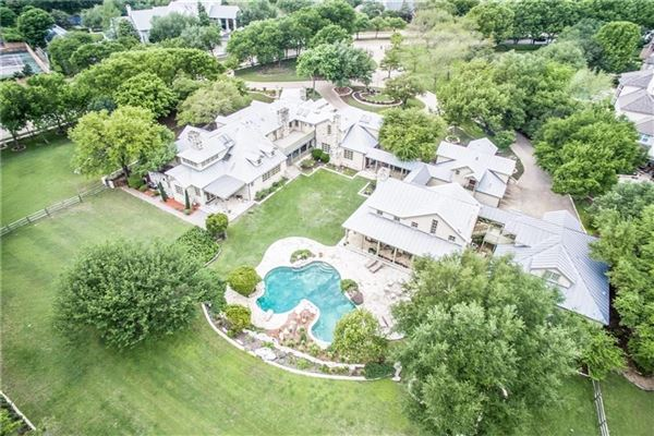TRUE TEXAS STYLE RANCH mansions