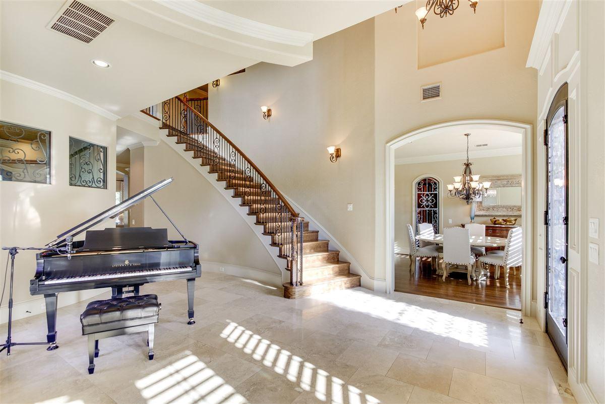 Luxury real estate VACATION BACKYARD OASIS