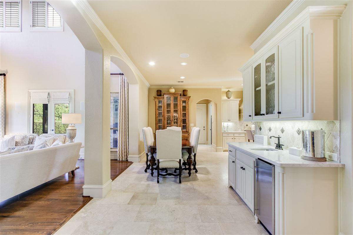 Luxury homes in VACATION BACKYARD OASIS
