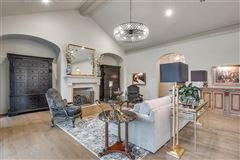 Luxury homes Beautifully appointed 2019 transitional home