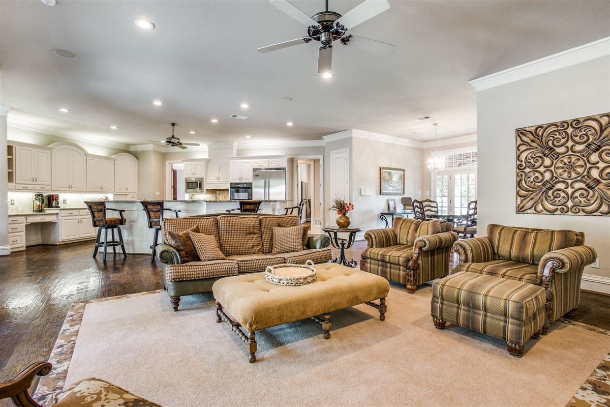 Luxury properties magnificent estate home