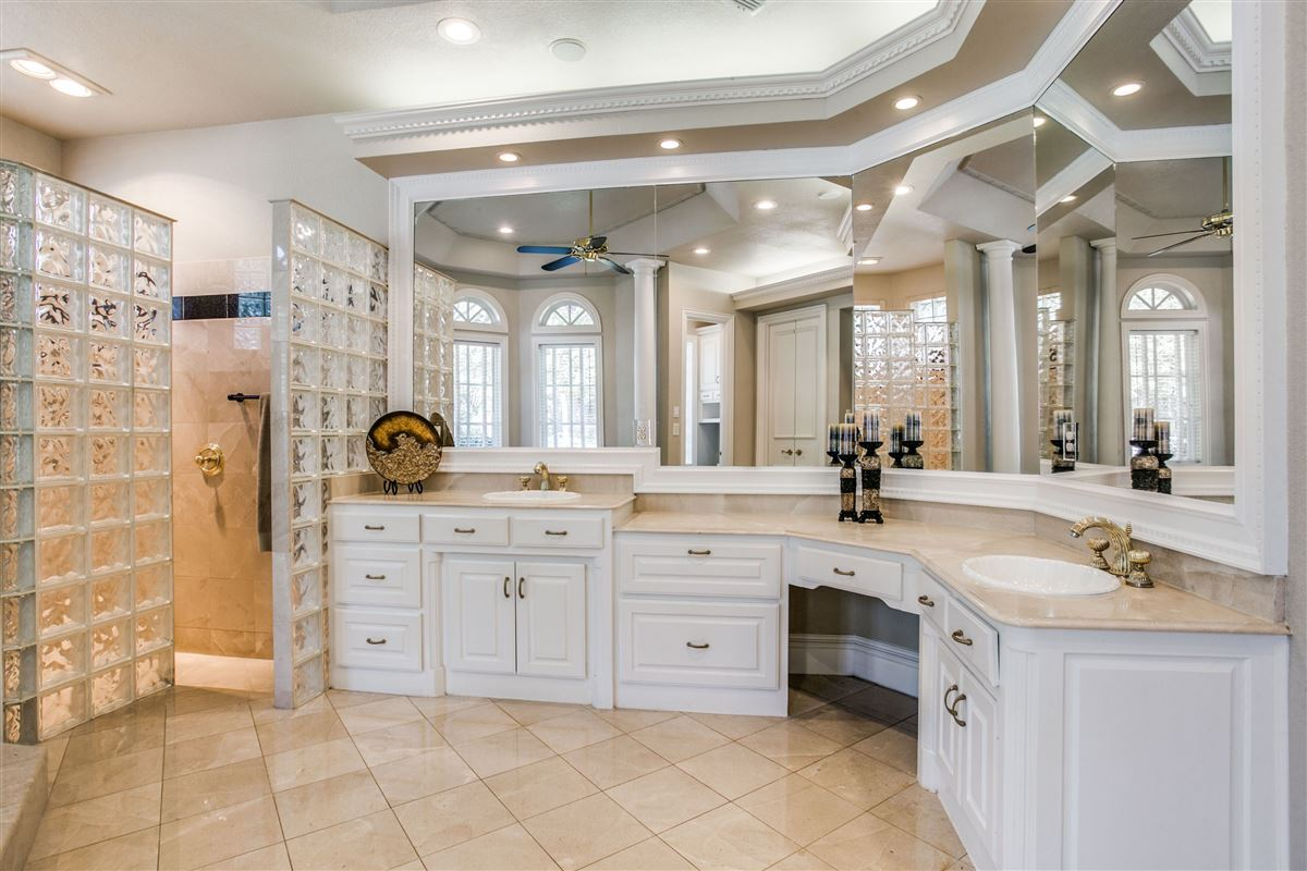 Luxury homes magnificent estate home