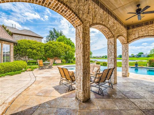 luxury property with panoramic views luxury homes