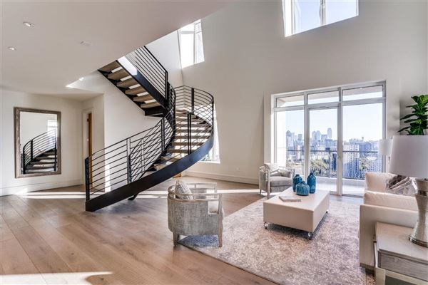 Luxury real estate NEW CONSTRUCTION PENTHOUSE IN THE LUXURY VENDOME HIGH-RISE