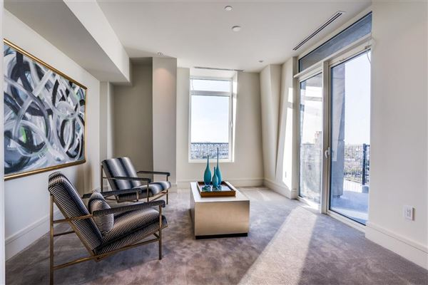 Luxury homes NEW CONSTRUCTION PENTHOUSE IN THE LUXURY VENDOME HIGH-RISE