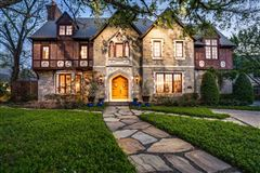 Luxury homes in dallas home Inspired by great estates in England