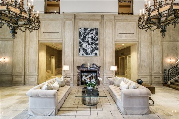 Luxury homes two-story penthouse in The Vendome