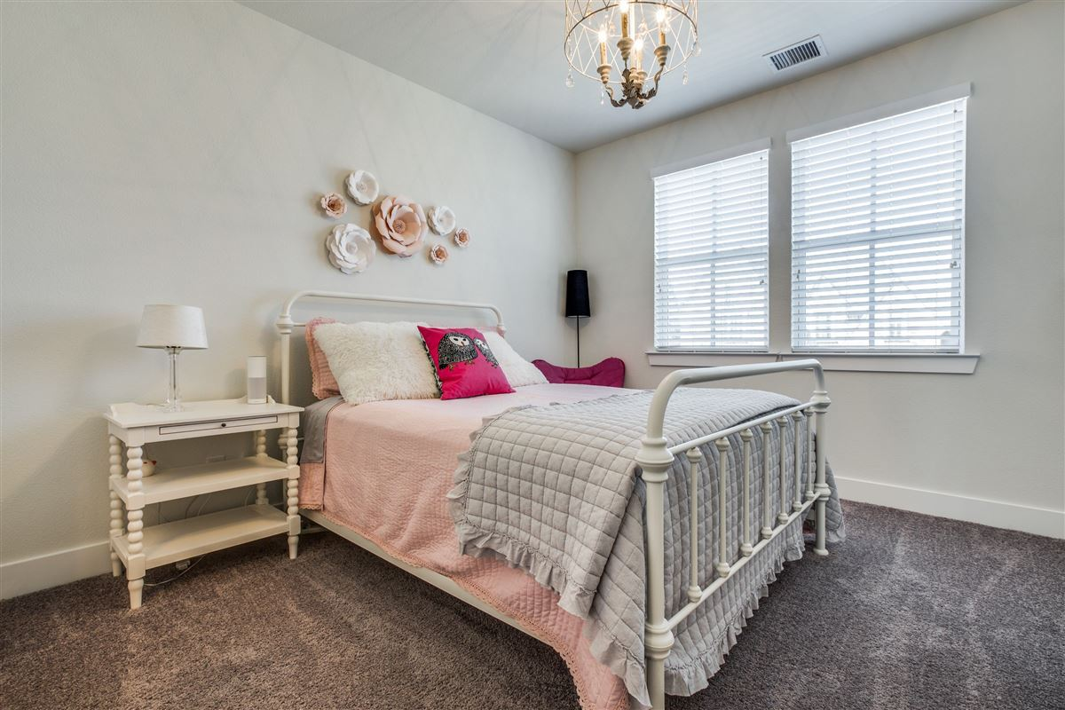 Luxury homes in impressive Stonegate custom home
