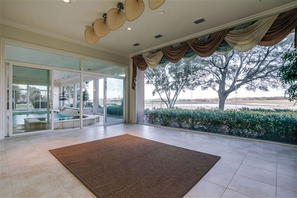 Luxury real estate Chateau Montclair - one of the largest homes in texas