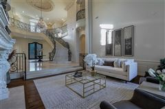 Mansions in magnificent estate on Willow Bend Drive