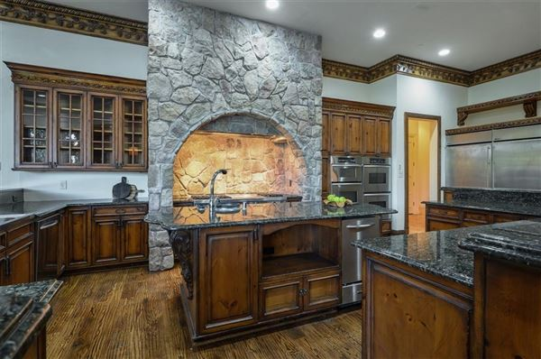 Luxury properties magnificent estate on Willow Bend Drive