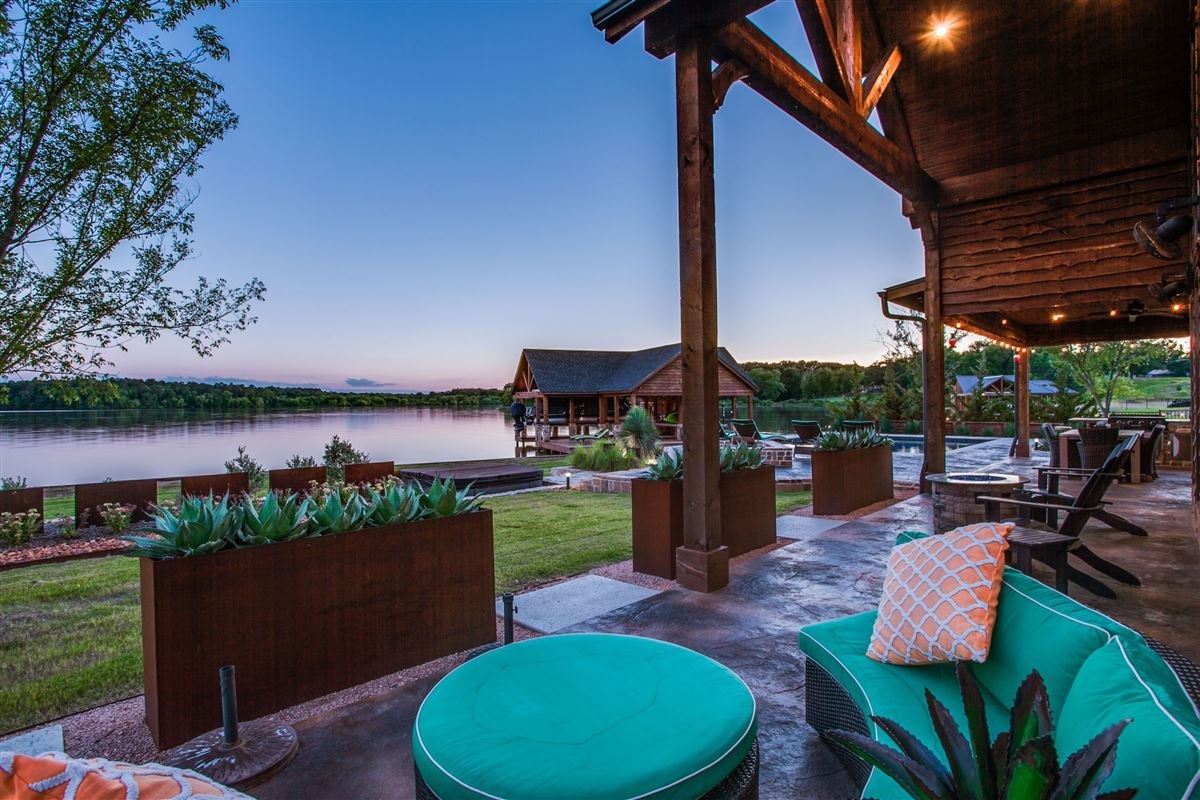 Luxury homes in 2016 Custom Designed Waterfront Home