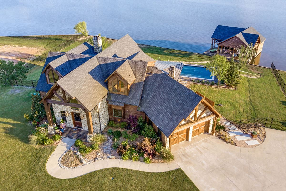 Luxury real estate 2016 Custom Designed Waterfront Home